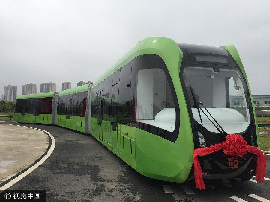 A new 'trackless electric train' (aka a bus) starts testing in China